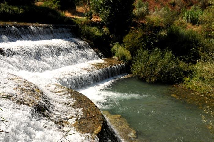 Turismo | Lugares de Interés | Acequia del Cadí | Cenes de la Vega