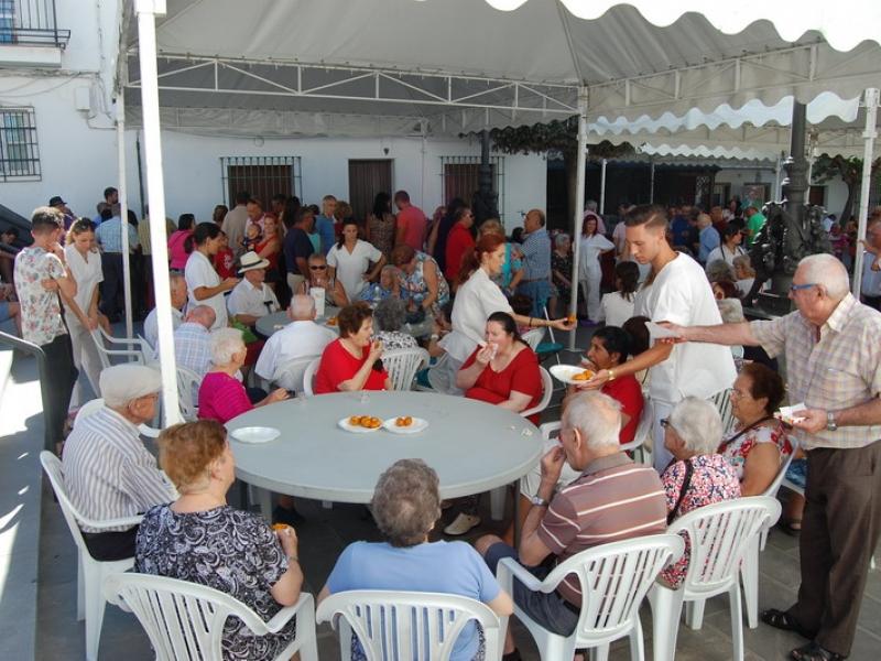 Arrancan las fiestas de Cenes de la Vega con multitud de actividades que recuperan tradiciones y el gusto por la gastronomía