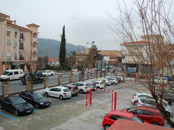 Zona de aparcamiento junto al Ayuntamiento